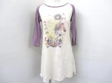 MoonNee(ムーンニー)のTシャツ