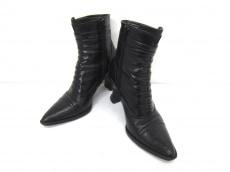 VIASPIGA(ヴィアスピーガ)のブーツ