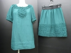 Tiara(ティアラ)のスカートセットアップ