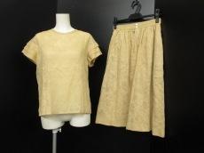 HERNO(ヘルノ)のスカートセットアップ