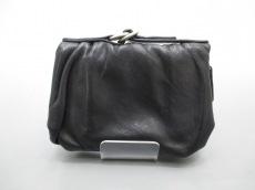 kawa-kawa(カワカワ)の2つ折り財布