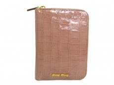 miumiu(ミュウミュウ)の手帳