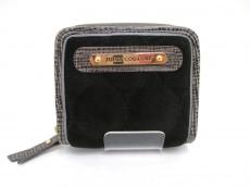 JUICY COUTURE(ジューシークチュール)の2つ折り財布