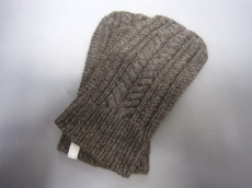 evam eva(エヴァムエヴァ)の手袋