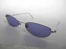 ALEXANDER McQUEEN(アレキサンダーマックイーン)のサングラス