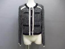 VINCE CAMUTO(ヴィンスカムート)のジャケット