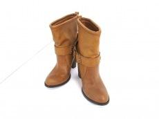 UNGRID(アングリッド)のブーツ