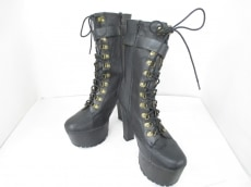 WILDFOX(ワイルドフォックス)のブーツ