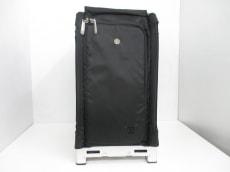 ZUCA(ズーカ)のキャリーバッグ