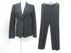 COSTUME NATIONAL(コスチュームナショナル)のレディースパンツスーツ