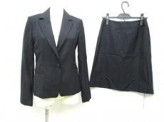 NATURALBEAUTYBASIC(ナチュラルビューティー ベーシック)のスカートスーツ