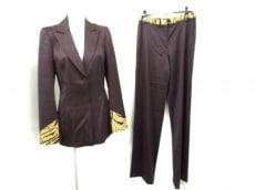 Christian Lacroix(クリスチャンラクロワ)のレディースパンツスーツ