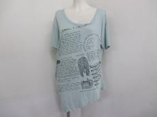 BalconyandBed(バルコニーアンドベッド)のTシャツ