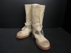 PAN TULIPANI(パン・エ・トゥリパーニ)のブーツ
