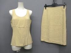 ARMANICOLLEZIONI(アルマーニコレッツォーニ)のスカートセットアップ