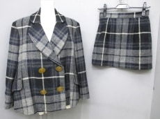 VivienneWestwood(ヴィヴィアンウエストウッド)/スカートスーツ