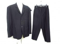 yohjiyamamoto(ヨウジヤマモト)のメンズスーツ