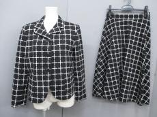 ASOS(エイソス)のスカートスーツ