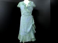 ARMANICOLLEZIONI(アルマーニコレッツォーニ)のドレス