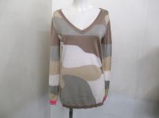 Three Hundred Thirty Days(スリーハンドレッドサーティーデイズ)のセーター