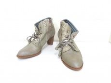 GabardineK.T(ギャバジンケーティ)のブーツ