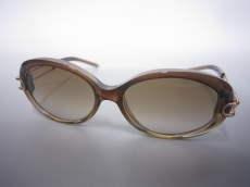 ANNAMOLINARI(アンナモリナーリ)のサングラス