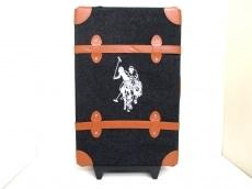 Polo(ポロ)のキャリーバッグ