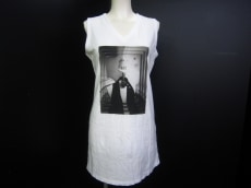 bajra(バジュラ)のTシャツ