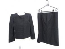 ALBERTAFERRETTI(アルベルタ・フェレッティ)のスカートスーツ