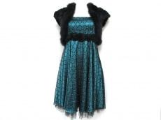 ASHILL(アシール)のドレス