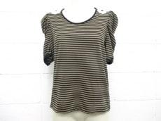 FLICKA(フリッカ)のTシャツ