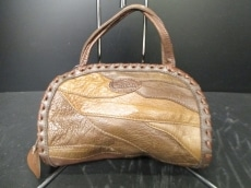 IBIZA czarda(イビザczarda)のハンドバッグ