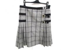 VERSACE(ヴェルサーチ)のスカート