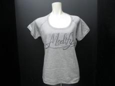 modify(モディファイ)のTシャツ