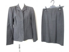 Burberry Blue Label(バーバリーブルーレーベル)のスカートスーツ
