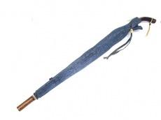 R by45rpm(アールバイフォーティーファイブアールピーエム)の傘