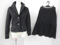 +RICOHIROKOBIS(リコヒロコビス)のスカートスーツ