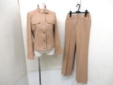 Burberry LONDON(バーバリーロンドン)のレディースパンツスーツ