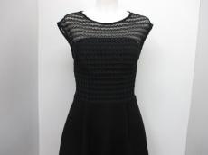 REISS(リース)のドレス