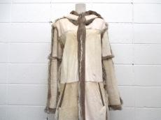 Kyoji Maruyama(キョウジマルヤマ)のコート