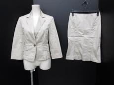 BODYDRESSINGDeluxe(ボディドレッシングデラックス)のスカートスーツ
