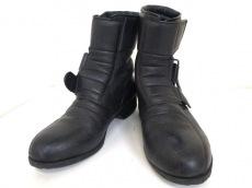 KUSHITANI(クシタニ)のブーツ