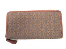 Anya Hindmarch(アニヤハインドマーチ)の長財布