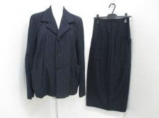 COMMEdesGARCONS(コムデギャルソン)/スカートスーツ