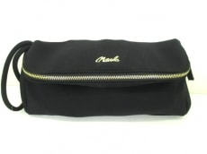 Noela(ノエラ)のクラッチバッグ