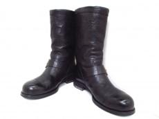 JIMMY CHOO(ジミーチュウ)のブーツ