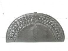 BOTTEGA VENETA(ボッテガヴェネタ)のクラッチバッグ