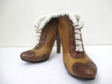 ALEXANDERMcQUEEN(アレキサンダーマックイーン)のブーツ