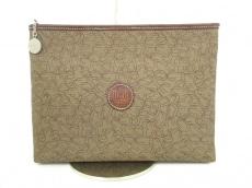 Ungaro(ウンガロ)のセカンドバッグ