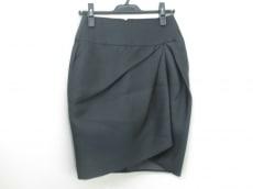 GiAMBATTiSTAVALLi(ジャンバティスタヴァリ)のスカート
